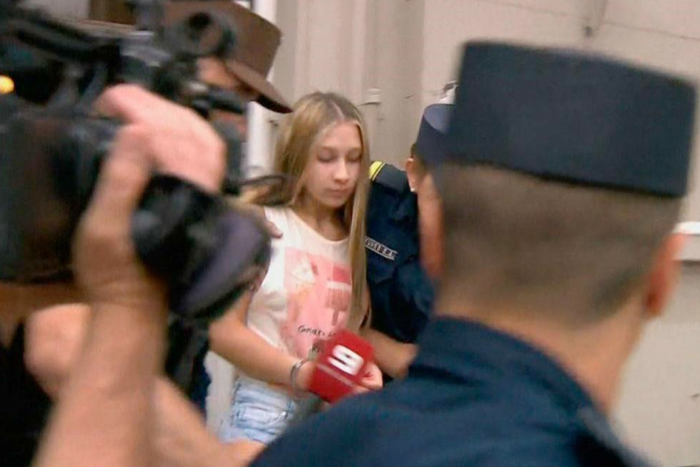 Nahir Galarza lee a Bukowski en la cárcel de Paraná